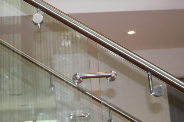ssgnotion-winnipeg-stairs-middle-stringer-girton-241