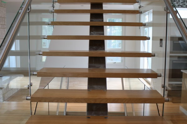 ssgnotion-winnipeg-stairs-middle-stringer-girton-81