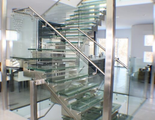 winnipeg-stairs-glass-treads-royalwood-11