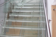 Royalwood Glass Staircase 11